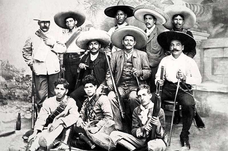 Grupo de zapatistas